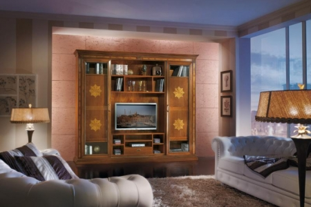 soggiorno con ante scorrevoli e porte interne