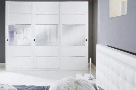 armadio scorrevole con specchi  laccato bianco