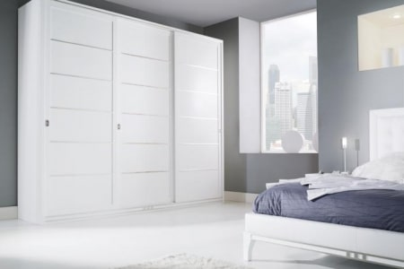 armadio scorrevole in frassino laccato bianco