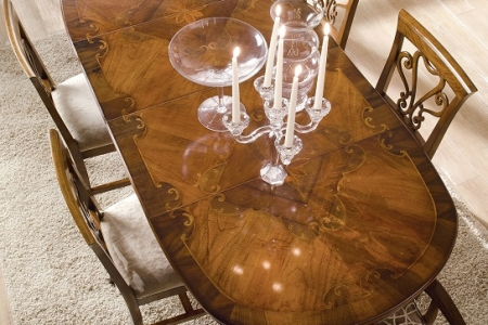 tavolo intarsiato
