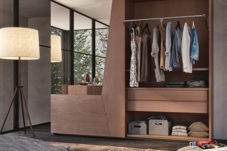 armadio-legno-frassino-massello-color-castagna-1