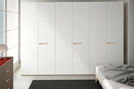 armadio moderno bianco