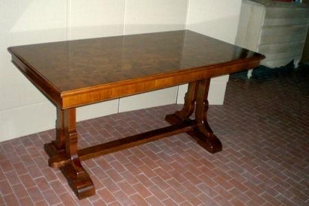tavolo su misura in radica