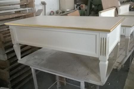 tavolino bianco oro su misura